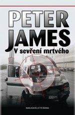 Peter James V sevření mrtvého